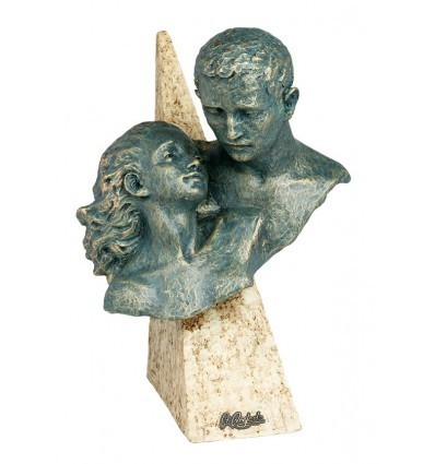 Escultura moderna de pareja COBIJO