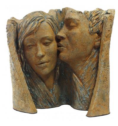 Escultura decorativa de pareja Caricia