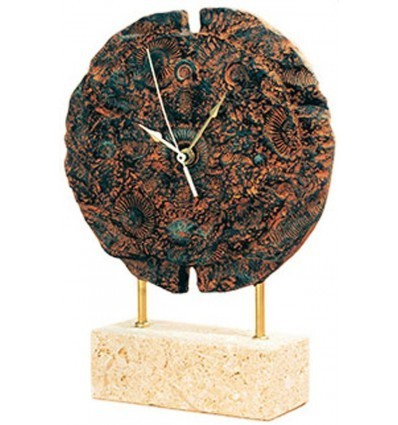 Round fossil clock with base