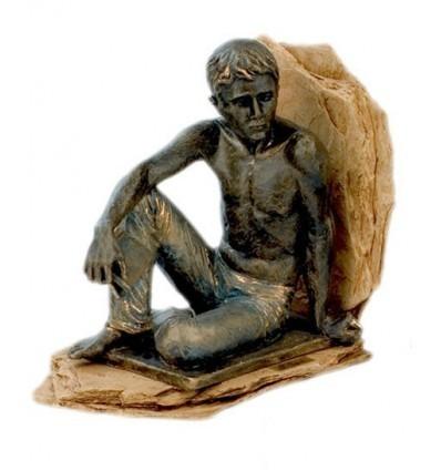 Escultura apoyalibros Lector Sentado
