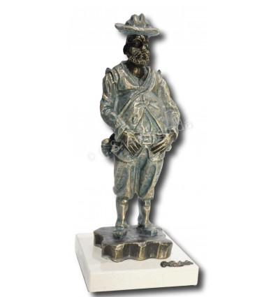 Realistic sculpture Sancho Panza by Ángeles Anglada