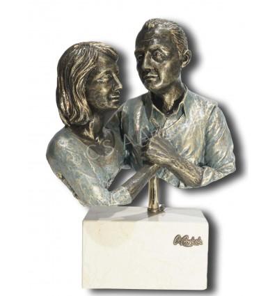 Realistic couple sculpture Nostalgia. Bronze finish