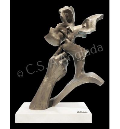 Moderna escultura de pareja CALIDEZ
